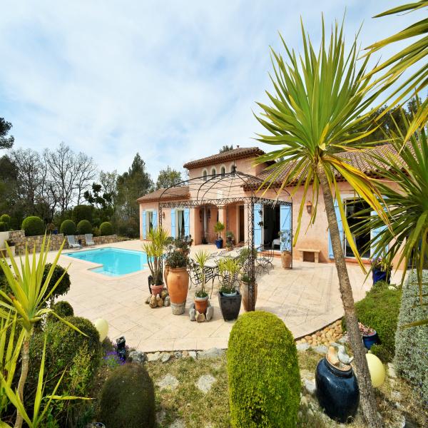 Offres de vente Villa Tourrettes 83440